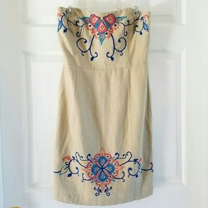 Banana Republic/ strapless embroidered linen dress